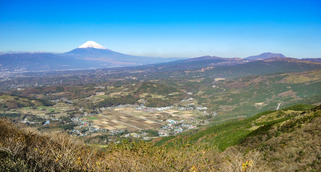 伊豆スカイラインの展望台からの眺め CC BY