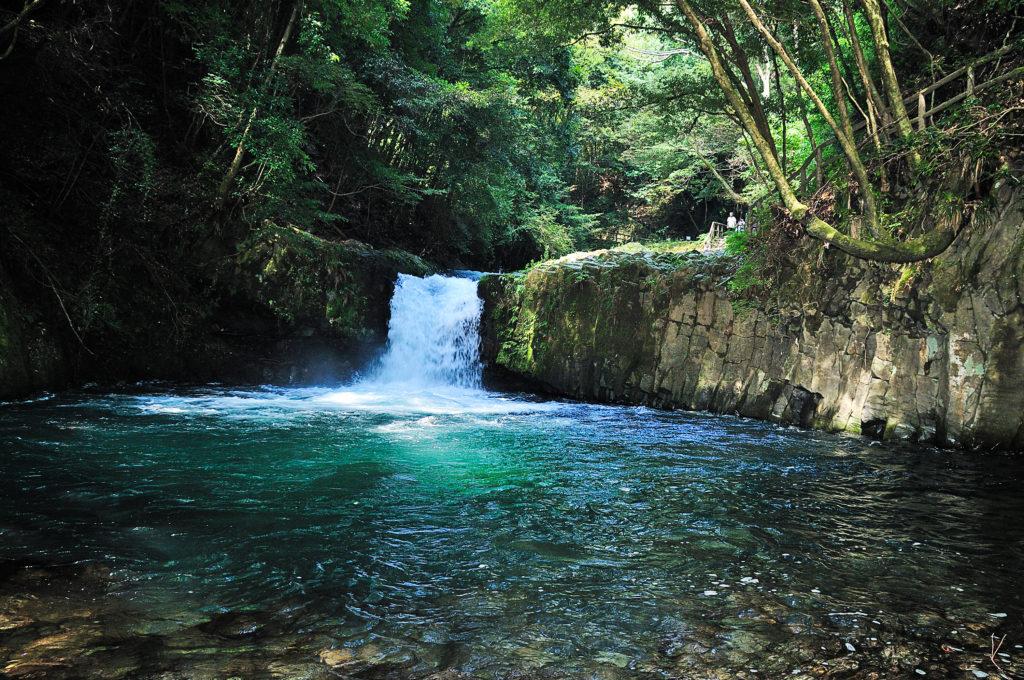 へび滝  CC BY