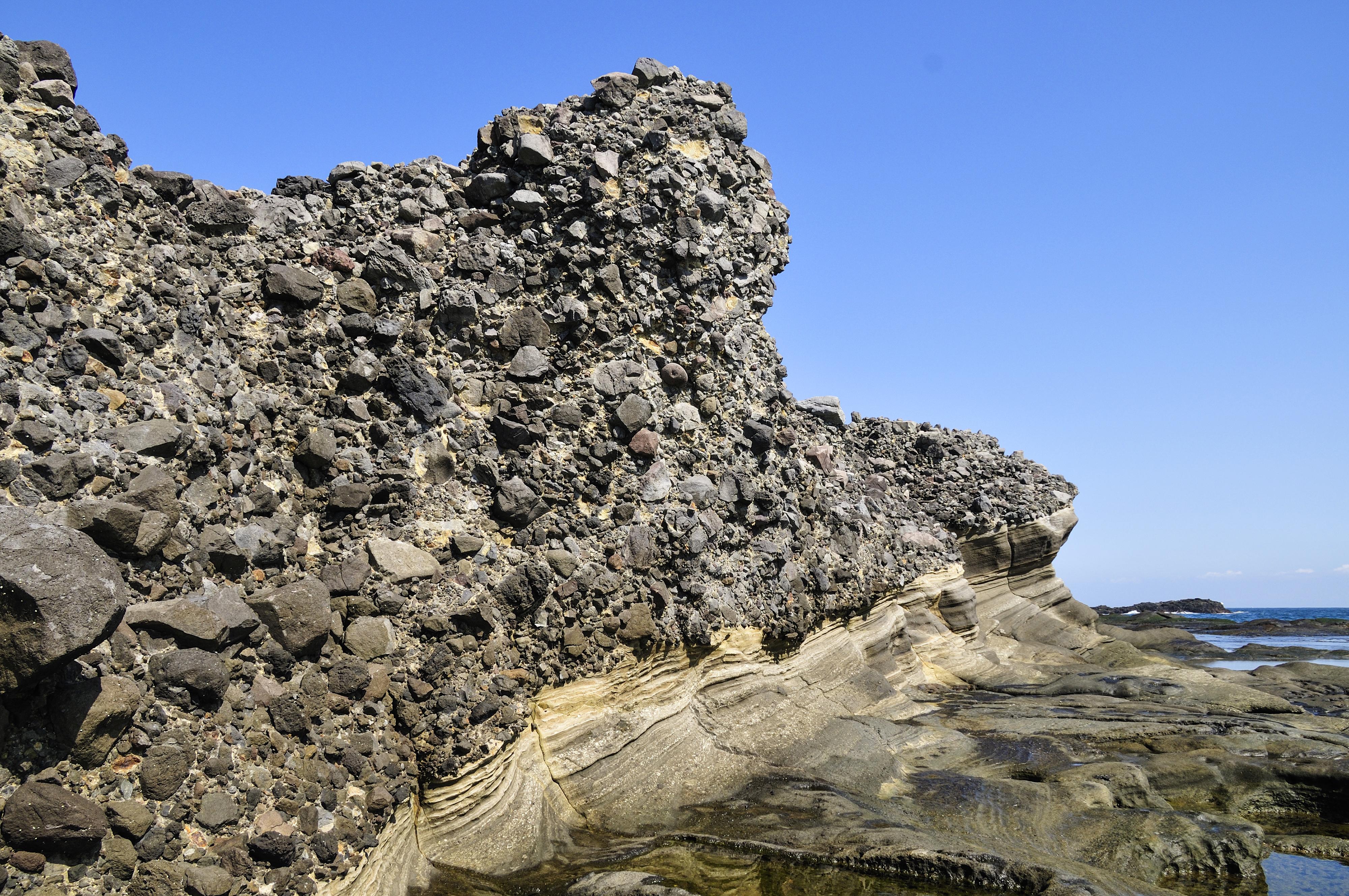 恵比須島の水底土石流 CC BY
