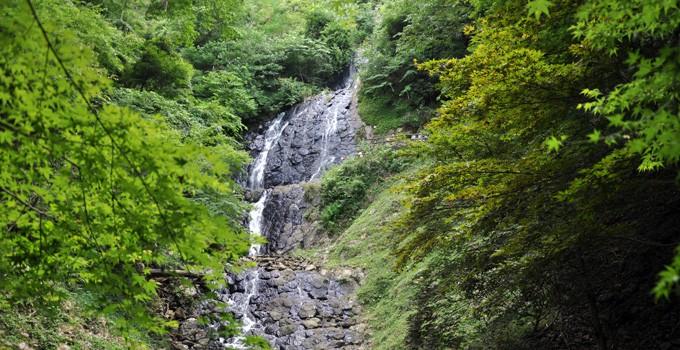 修善寺温泉サイト 旭滝ポイント 火山の根