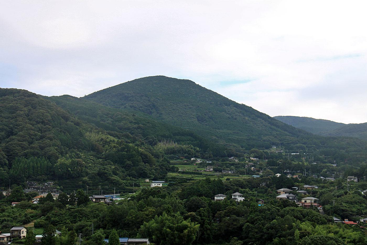 鉢ノ山の景観  CC BY-SA