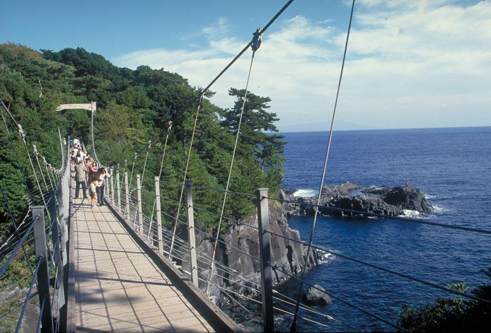 橋立つり橋  CC BY-SA