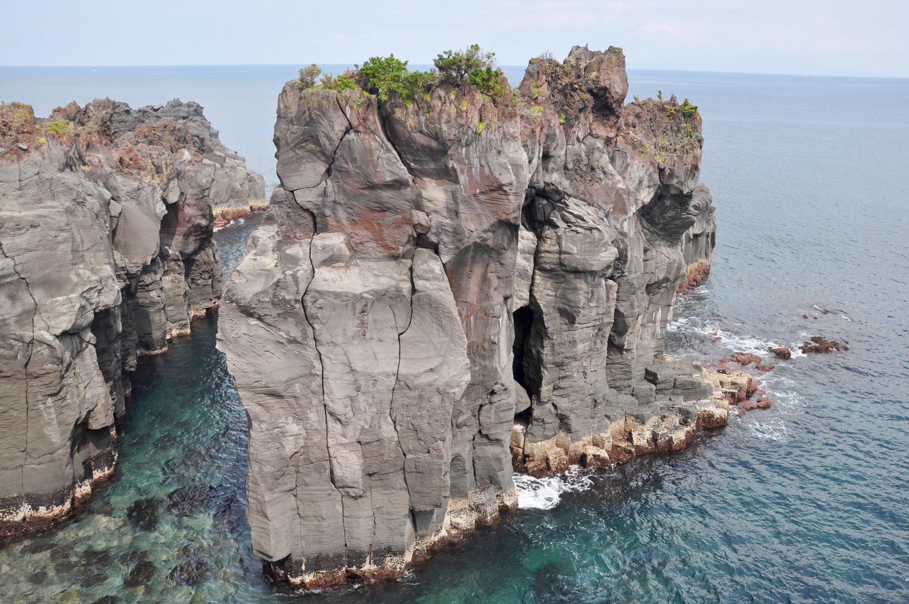 つばくろ島 CC BY