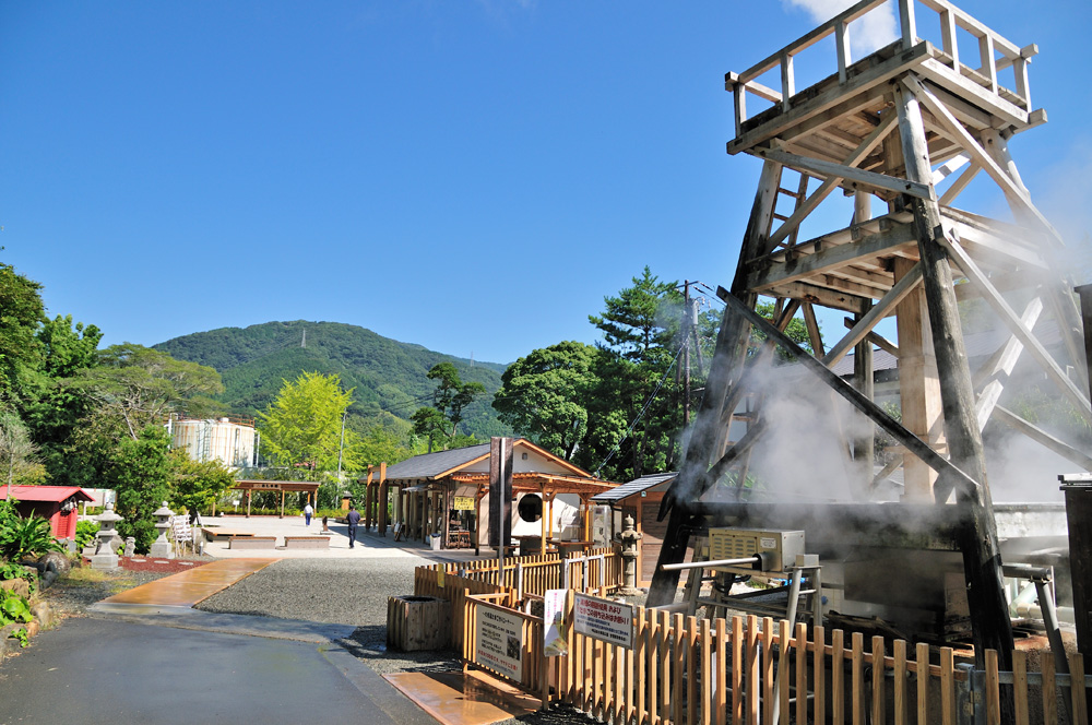 峰温泉大噴湯公園  CC BY