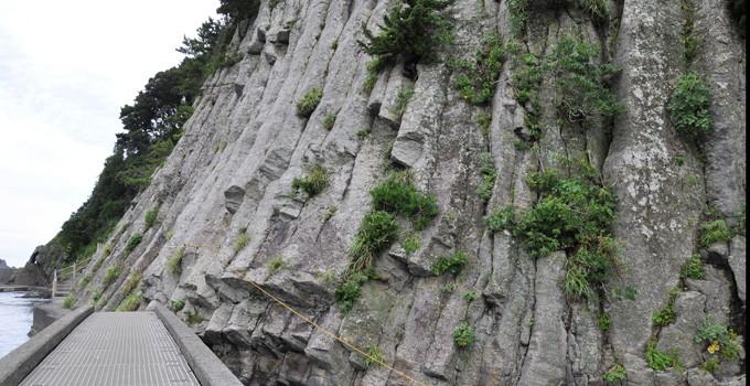 中木の柱状節理  CC BY-SA