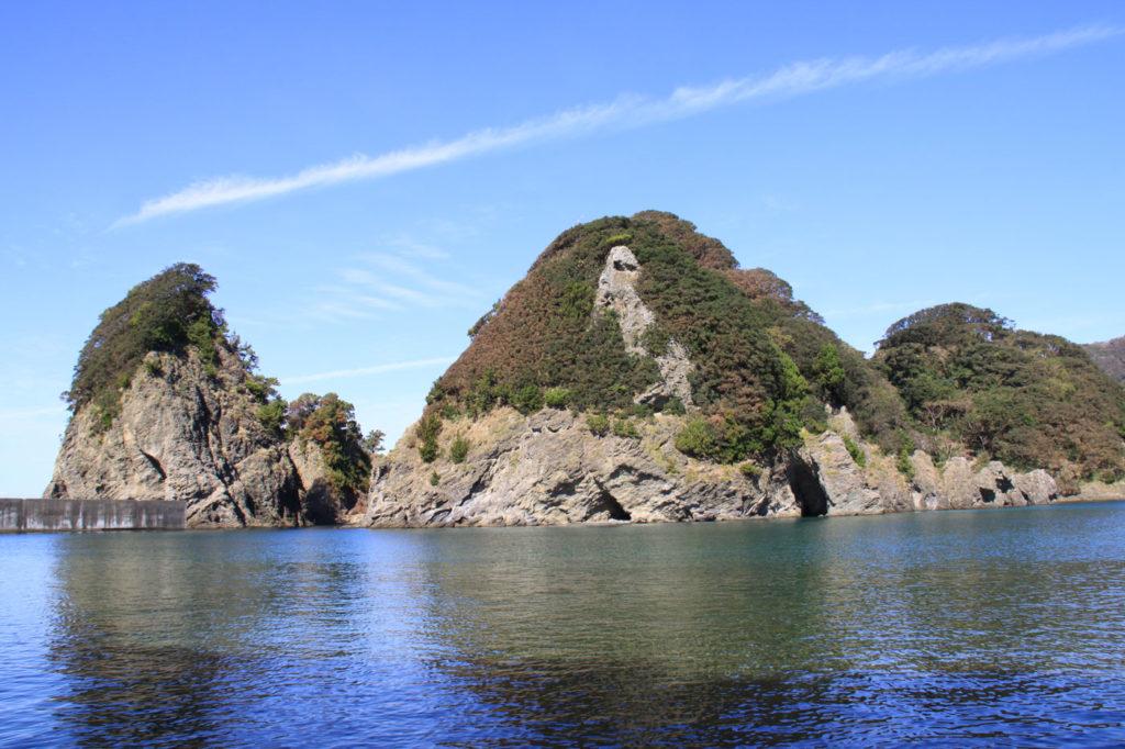田子の岩礁 CC BY