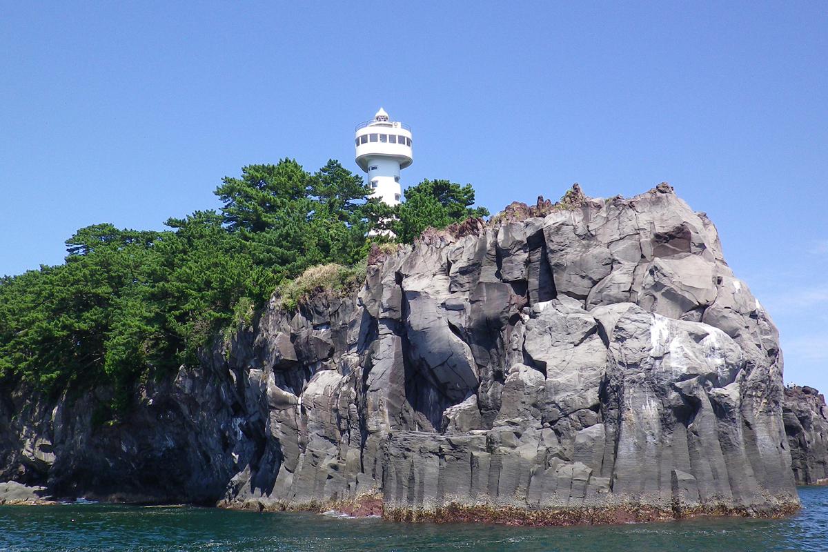 城ヶ崎海岸北(門脇灯台)