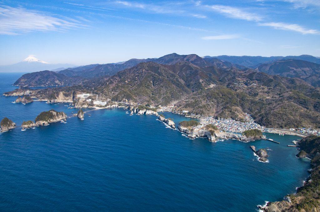 堂ヶ島の海岸線