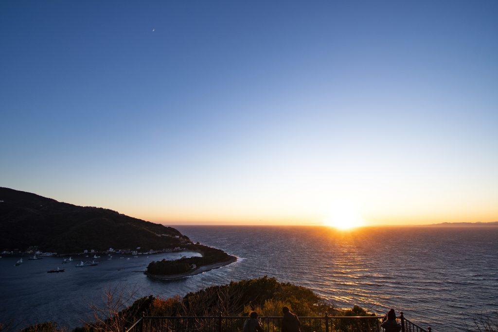 戸田御浜岬の夕暮れ